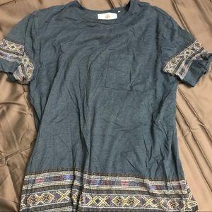 Print pocket tshirt